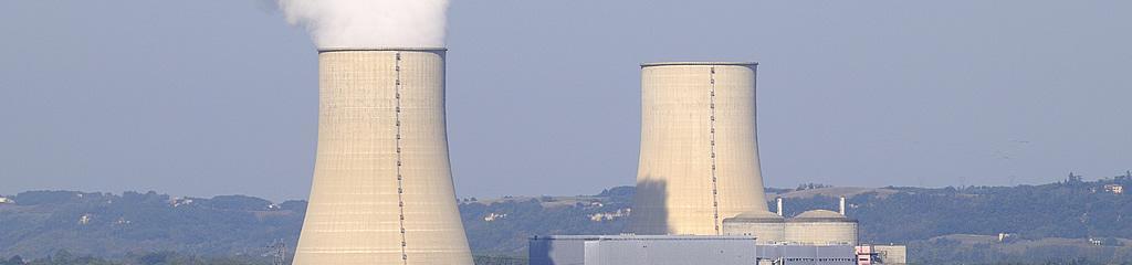 Cheminées de centrale nucléaire